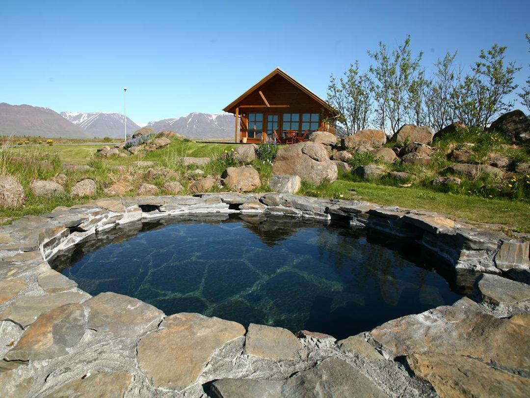 Hestasport-cottages-varmahlid-ijsland