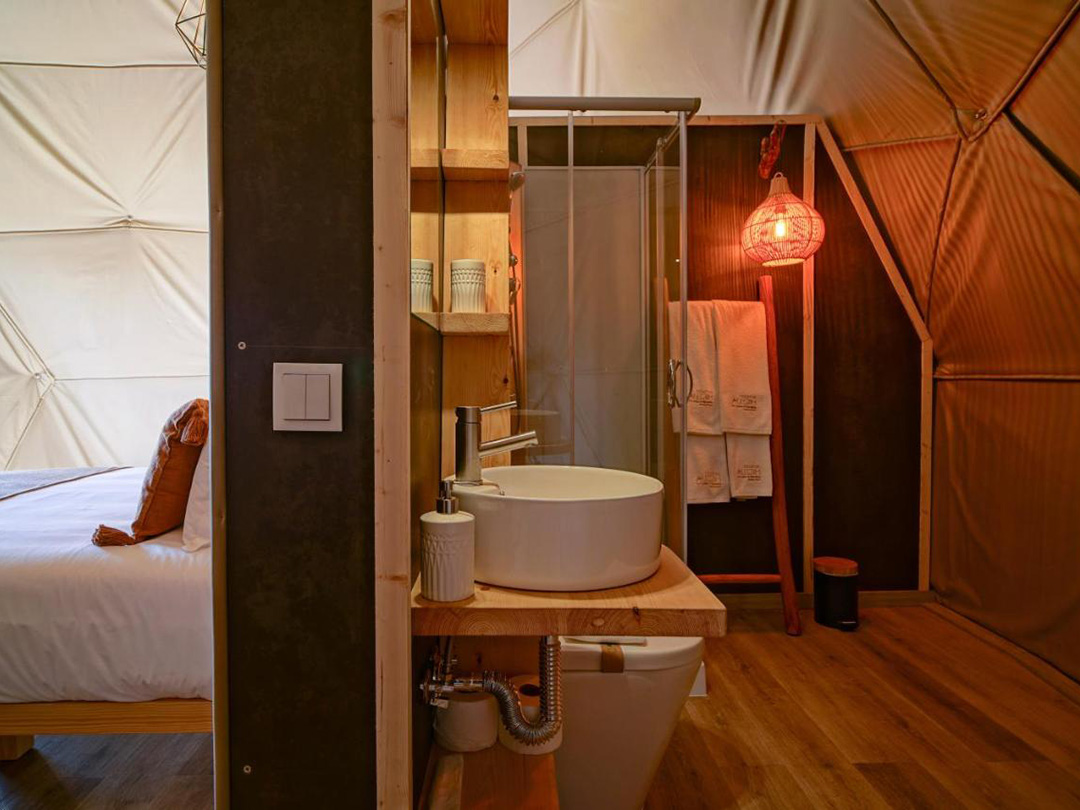 glamping Portugal domes
